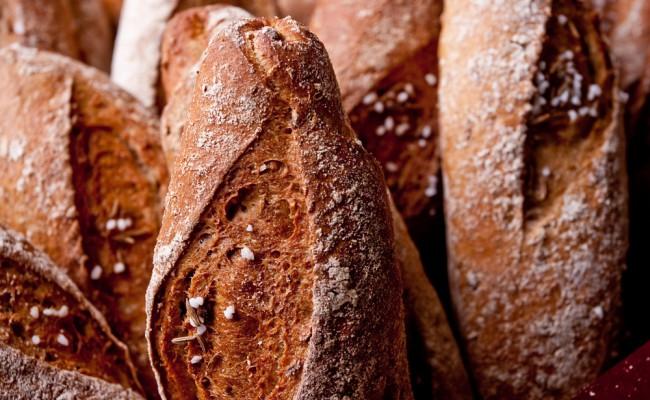 brown baguette macro